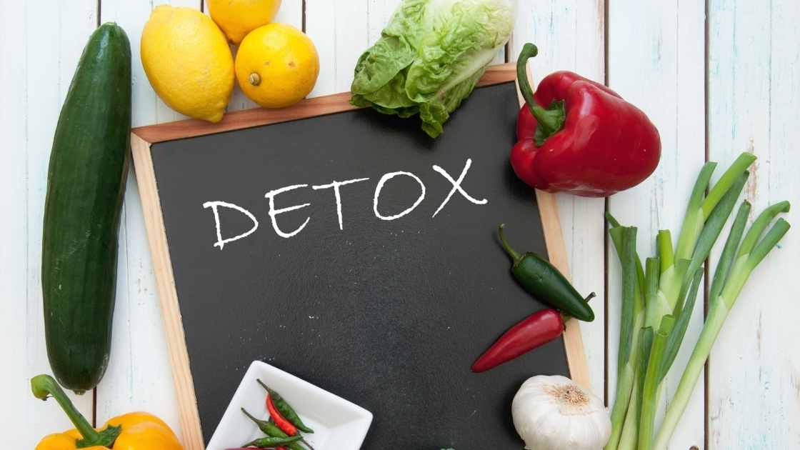 how does detoxing help with weight loss